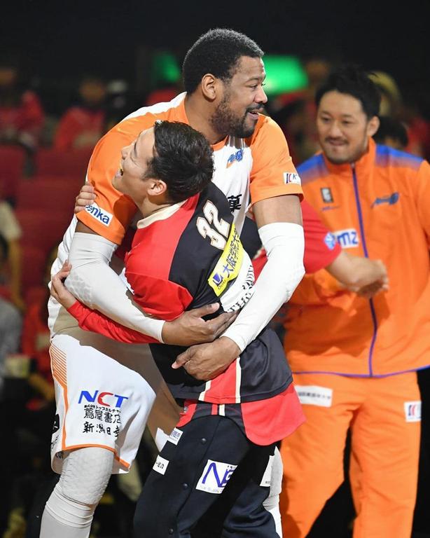 【大阪エヴェッサ】プロバスケットボールの試合観戦に行ってきました